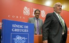 Educación se escuda en el Síndic para no contestar en castellano las quejas recibidas