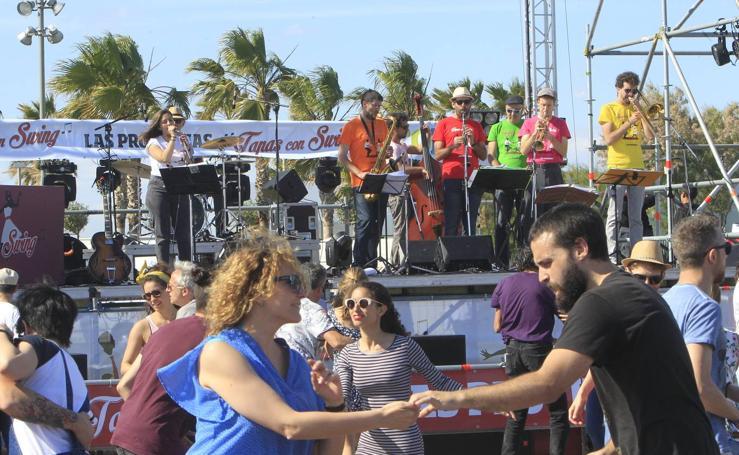 Animada feria Tapas con Swing 2018 en la Marina de Valencia