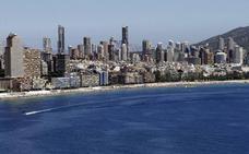 El plan de protección del litoral deja en el aire 15.000 viviendas