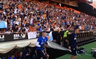 7.000 aficionados celebran la Champions en Mestalla