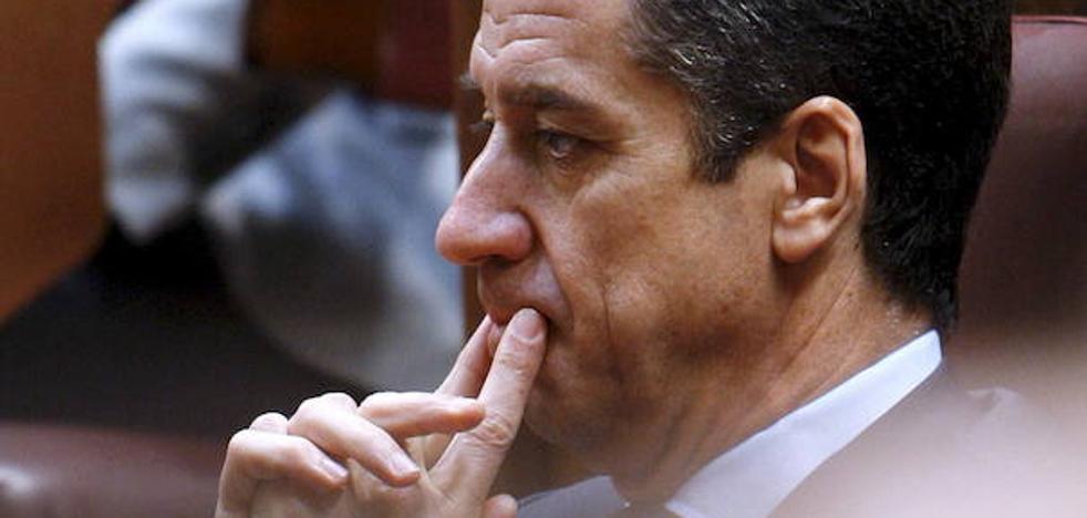 El PP suspende de militancia al exministro Eduardo Zaplana tras su detención