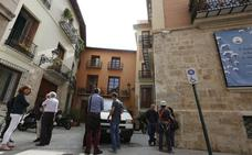 Un hombre muere al caer de un andamio en Valencia