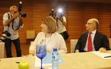 Bonig se reúne con Montoro para tratar la financiación y la reestructuración de la deuda