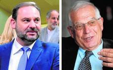 Sánchez elige a Borrell para Exteriores y premia a Ábalos con una cartera ministerial