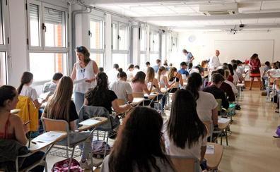 El IES Chabàs insta a Marzà a suspender clases o cambiar el calendario lectivo por la selectividad