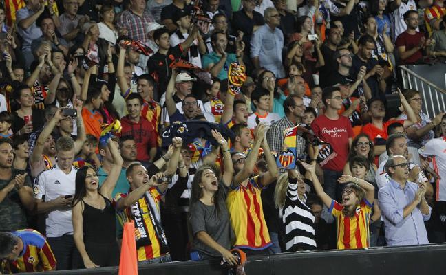 En Mestalla ya no se podrá fumar la próxima temporada