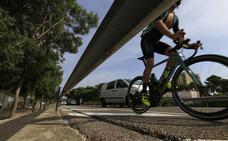 Un ciclista de 24 años, herido tras ser arrollado por un turismo en la CV-500