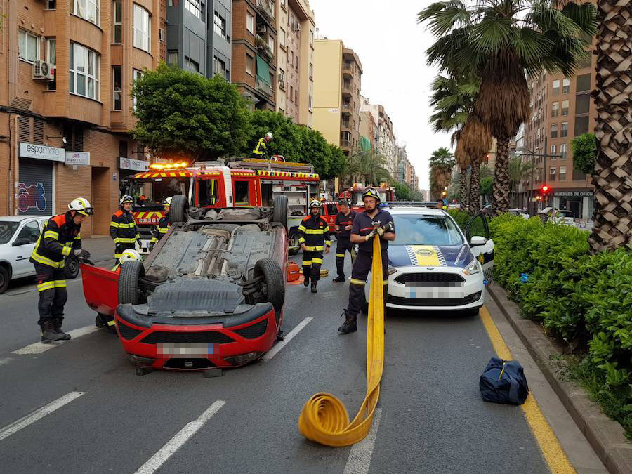 Fotos del accidente en la avenida Peris y Valero de Valencia