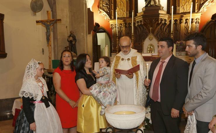 Celebran el bautizo de los Niños de San Vicente