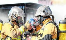 Los bomberos de Alicante se forman en una de las técnicas más arriesgadas