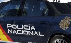Detenido un anciano por dar 10 euros y abusar de una niña de 9 años en un garaje en Valencia