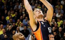 Hlinason mantiene su candidatura al Draft de la NBA