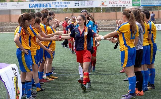 Gandia rinde tributo a la selección valenciana