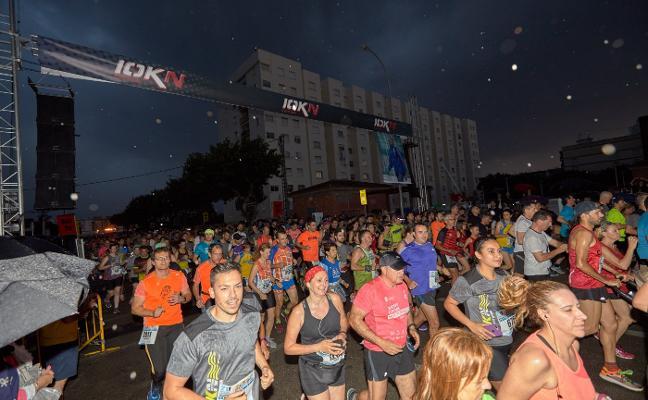 El 10K nocturno congrega a 2.500 atletas