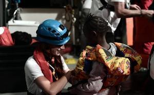 Cruz Roja tiene ya preparado el dispositivo de primera acogida en Valencia para los 629 inmigrantes del 'Aquarius'