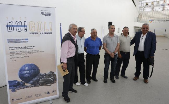 El club de Mestalla rememora en Pelayo sus lazos con la pilota