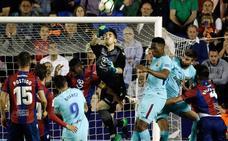 El portero Oier renueva con el Levante UD por tres temporadas y otra opcional