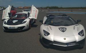Una carrera de coches de lujo se salda con 18 multas en la Comunitat