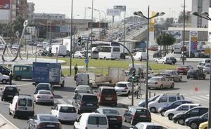 Dos accidentes colapsan la pista de Silla durante casi cuatro horas