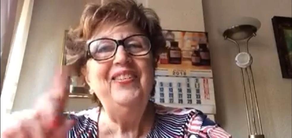 De un blog de poesía a Youtuber con 80 años: la señora llamada a enganchar a toda Valencia