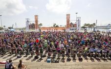 1.000 ciclistas indoor conquistan La Marina de Valencia