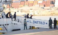 La flotilla del Aquarius llega a Valencia