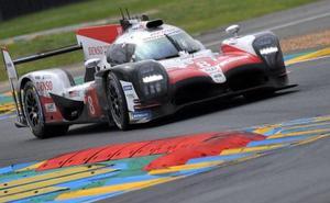 El Toyota del equipo de Fernando Alonso logra la victoria en las 24 Horas de Le Mans