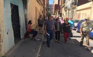Los vecinos suspenden al Consistorio en la gestión del Cabanyal