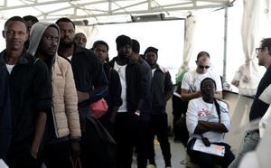 Casi la mitad de inmigrantes del 'Aquarius' quieren ir a Francia
