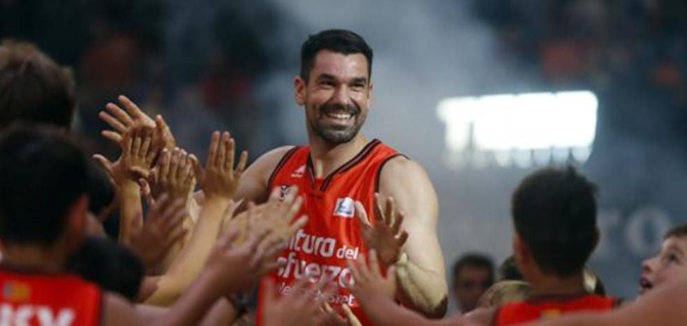 Rafa Martínez, tras su renovación: «Esperemos agrandar más la leyenda»