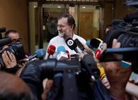 Fotos de Rajoy en su primer día en el registro de la propiedad de Santa Pola