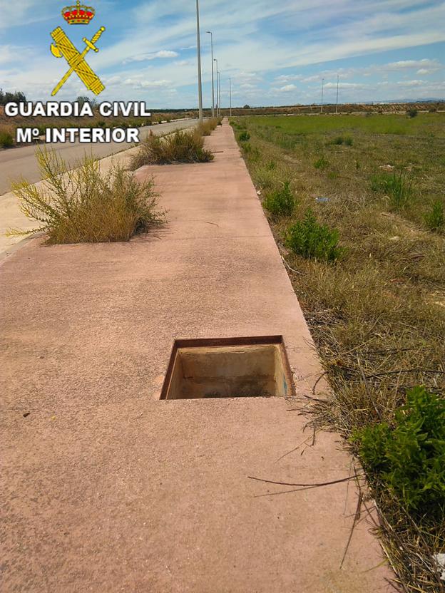 Detenidos por sustraer más de 50 tapas de arquetas en pueblos de l'Horta Nord