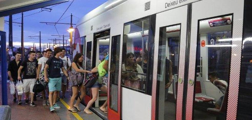 Horarios de metro y tranvía para la noche de San Juan en Valencia
