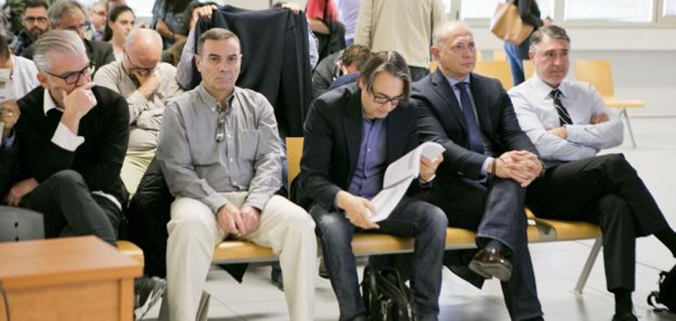 Diez años de cárcel para Crespo y 12 para Cuesta por el saqueo de Emarsa