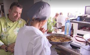 Los consejos de Chicote para hacer perfecta una auténtica paella valenciana