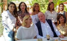 El Rey Juan Carlos, invitado de honor en la mansión de Vicente Boluda y Esther Pastor en Navajas