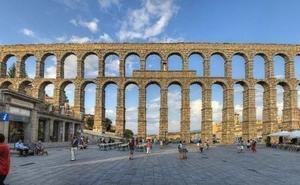 Recogen firmas para derribar el Acueducto de Segovia
