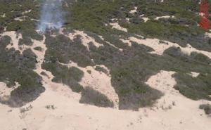Se declara un incendio forestal en la playa El Moncayo de Guardamar del Segura