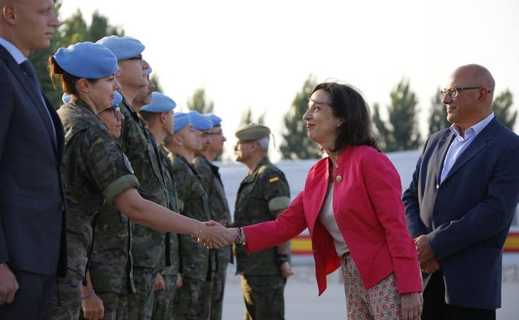 La ministra de Defensa, Margarita Robles, visita a las tropas españolas desplazadas en Líbano