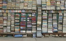 Compra un libro de segunda mano y encuentra 8.000 euros en su interior
