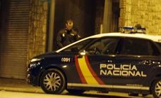 Estampan una cachimba en la cabeza y le roban los zapatos a un conductor durante una discusión de tráfico en Valencia