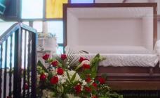 El rapero asesinado XXXTentacion reaparece en un videoclip en el que asiste a su funeral