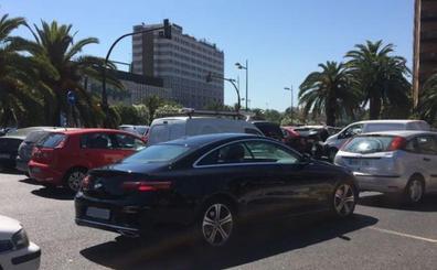 La Oficina de Tráfico del Ayuntamiento culpa a los conductores del atasco en Pío XII y Cortes Valencianas