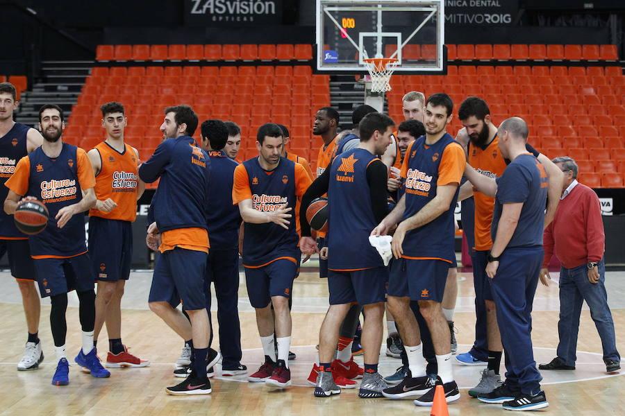 El Valencia Basket presenta una oferta por Mike Tobey