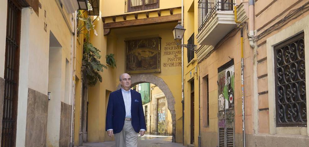 Javier Gómez-Ferrer, tras los pasos de la historia