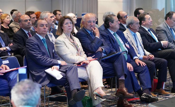 La Asociación Valenciana de Empresarios (AVE) reclama a Ábalos la planificación de las obras del corredor mediterráneo