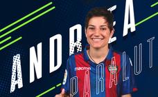 Andreea Paraluta, nueva guardameta del Levante Femenino