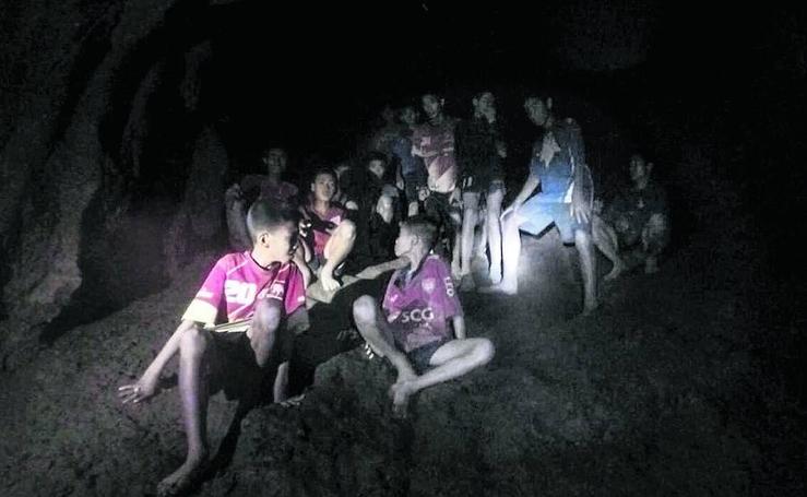 La agonía de Tailandia para rescatar a los niños