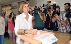 Cospedal estudia impugnar una mesa de Orihuela tras votar la madre de Eva Ortiz sin estar en el censo