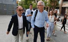 Los detenidos por el escándalo de la Diputación continúan en sus puestos